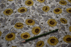 Gray-Sunflower-Bee-Grateful-Cotton-scaled